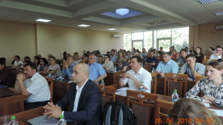 """Sesiunea """"DCFTA INFO BUSINESS: Întreabă expertul"""" la Orhei"""